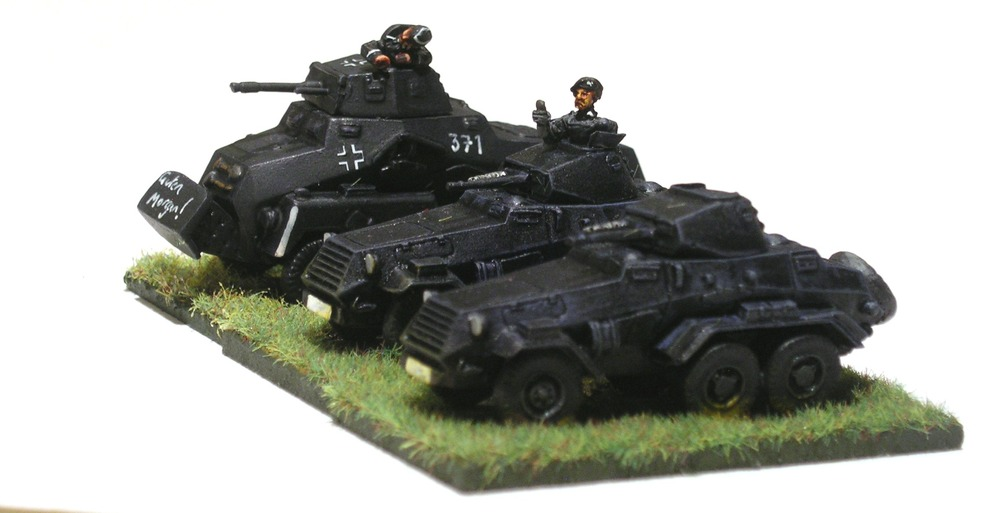 heavy armoured car platoon [understrength]