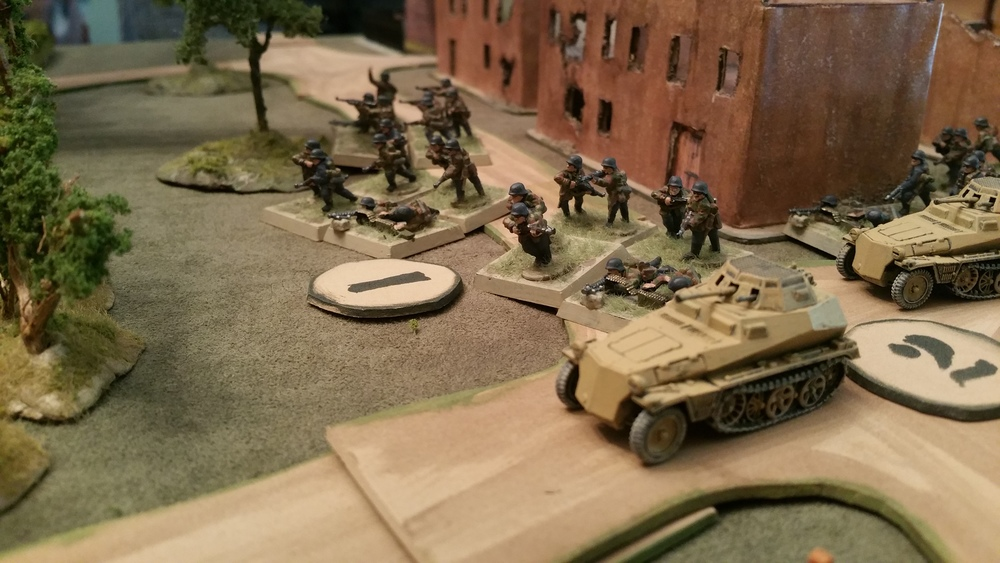 Scout SdKfz 250s Charge to Support