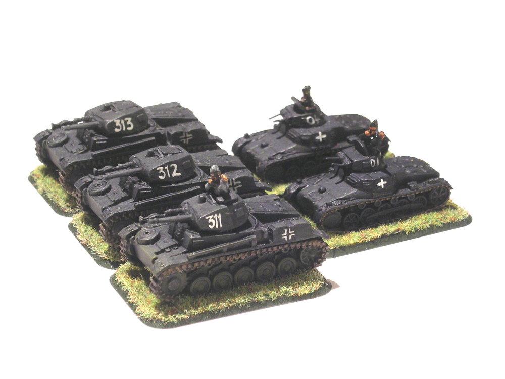 1st light tank platoon (3 x Pz II; 2 x PZ I)