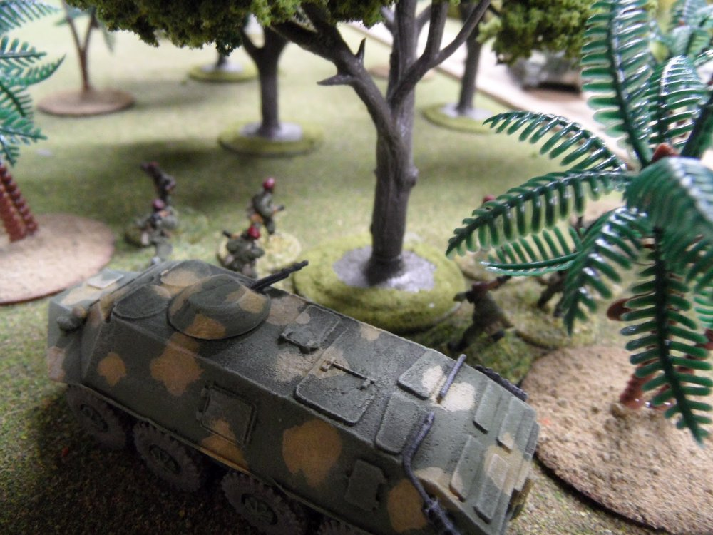 The Guards dismount from their APC. Note that the better trained troops chose to fight in the shade.