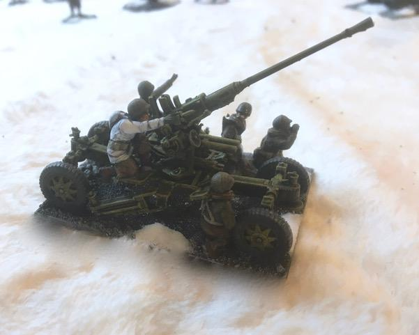 It's an American towed AA gun in 1/72 scale from John de Terre Neuve