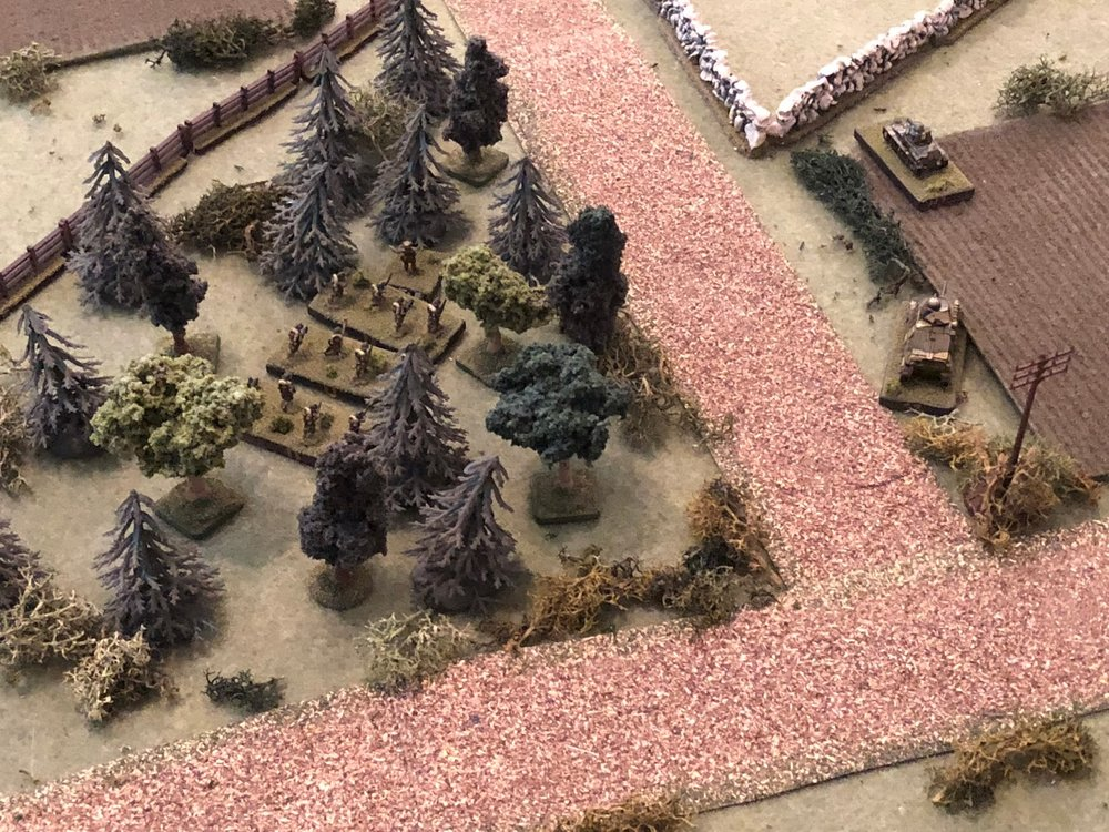 With the Somua (far right) laying down covering fire, the French 2nd Platoon pushes up in the center (center left).