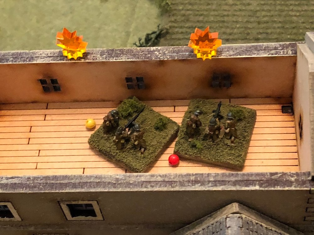 The German machine gun fire is very effective, pinning one French MG team and suppressing the other!