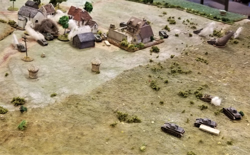 Pz IVs face the heavy French tanks now