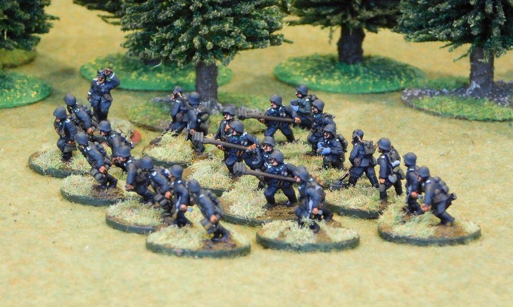 Motorised Infantry Pioneer Platoon (no transport)