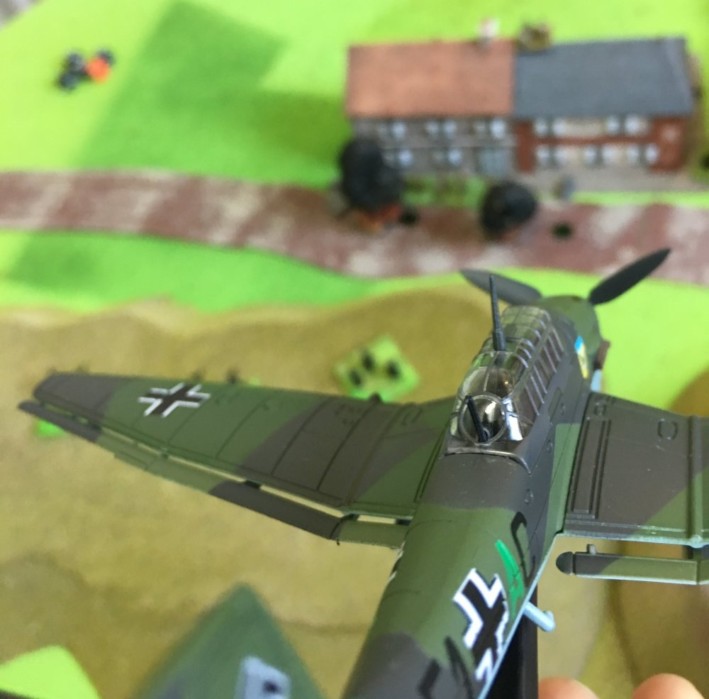3.2.+A+Stuka+divebomber+attacking+the+British+positions+on+Seabrook+Road.jpg
