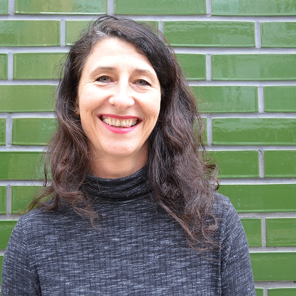 Vivienne Curtis - Managing Director