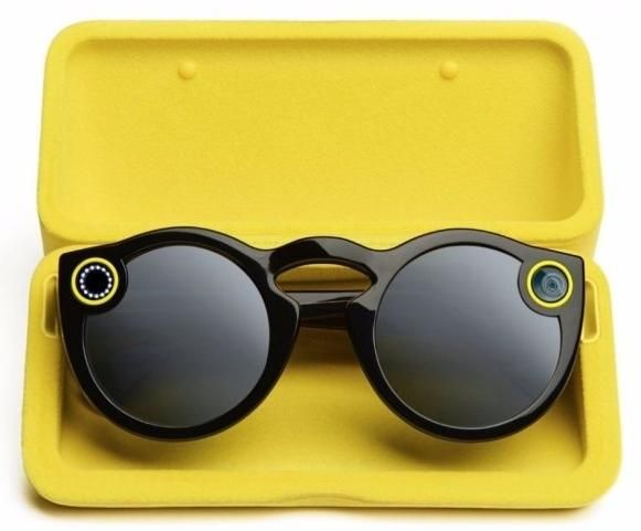 Snapchat Spectacles: Record up to 30 seconds at a time by pressing the button on the upper left side
