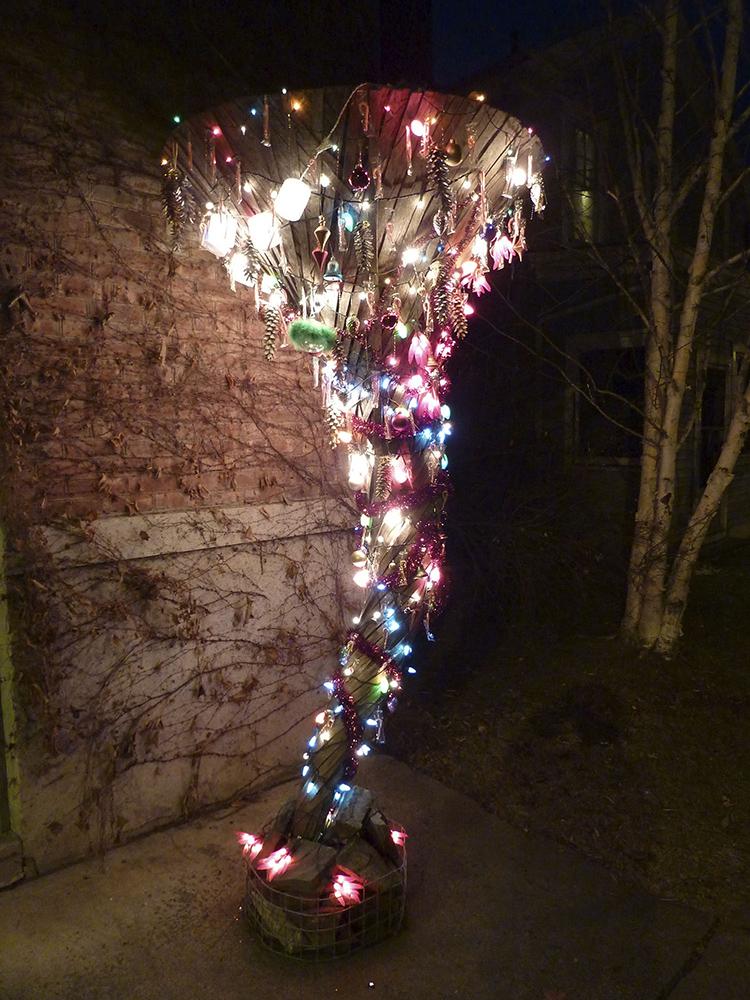 markbennett-twister-christmas.jpg