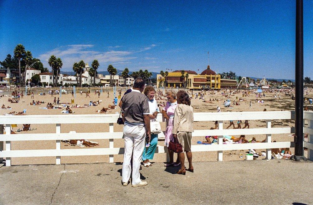 touristsantacruz.jpg