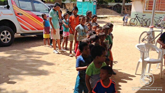 refugiados_venezuela_missao_roraima_crianca_fila-1.jpg