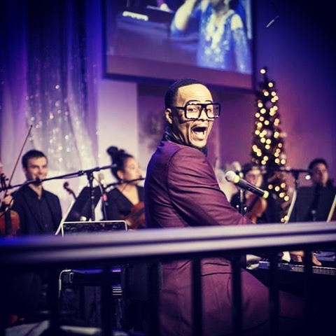 #HolidayAtTheTemple was amazing! This how I felt both nights! lol  #musicphotography #musicproducer #dapperman #style #blackmenwithgreatstyle #christmas