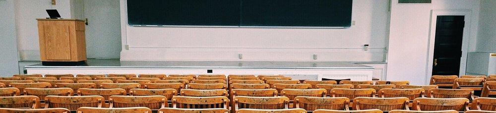 schoolbanken_wide.jpg