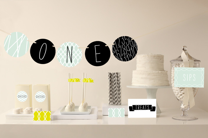 MODERN MINT PARTY DECOR