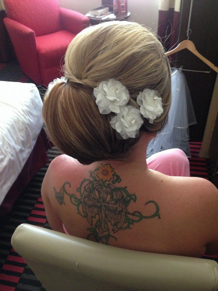 30 Wedding Hairstyles And What You Need To Achieve Them Stevee Danielle Hair And Makeup Top