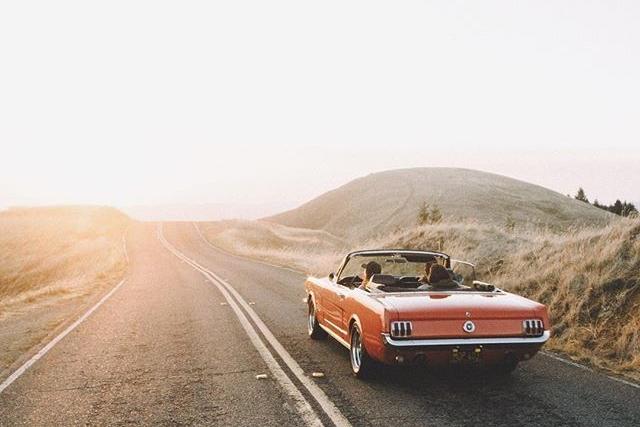 11d05daf73a9a67faa40de8c7237df0f--ford-mustang-convertible-summer-road-trips.jpg