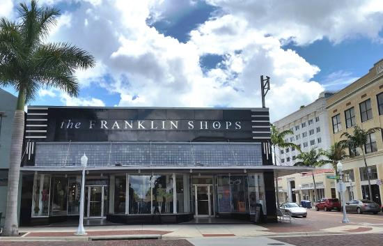 2200 First St, Fort Myers, FL 33901