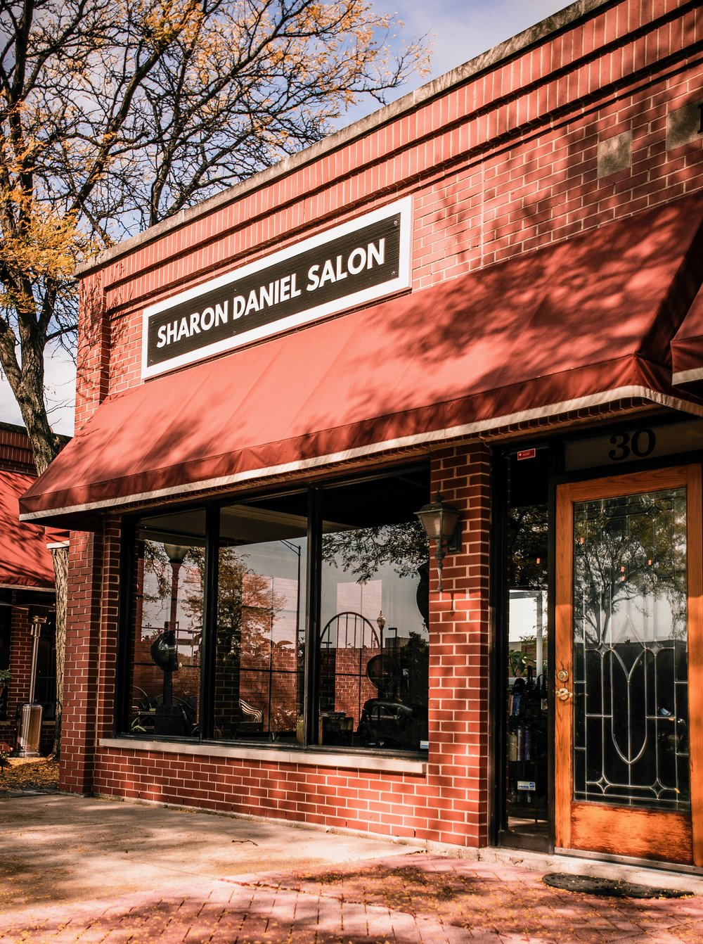 Sharon Daniel Salon 30 W. Schaumburg Road Schaumburg, IL 60194 .jpg
