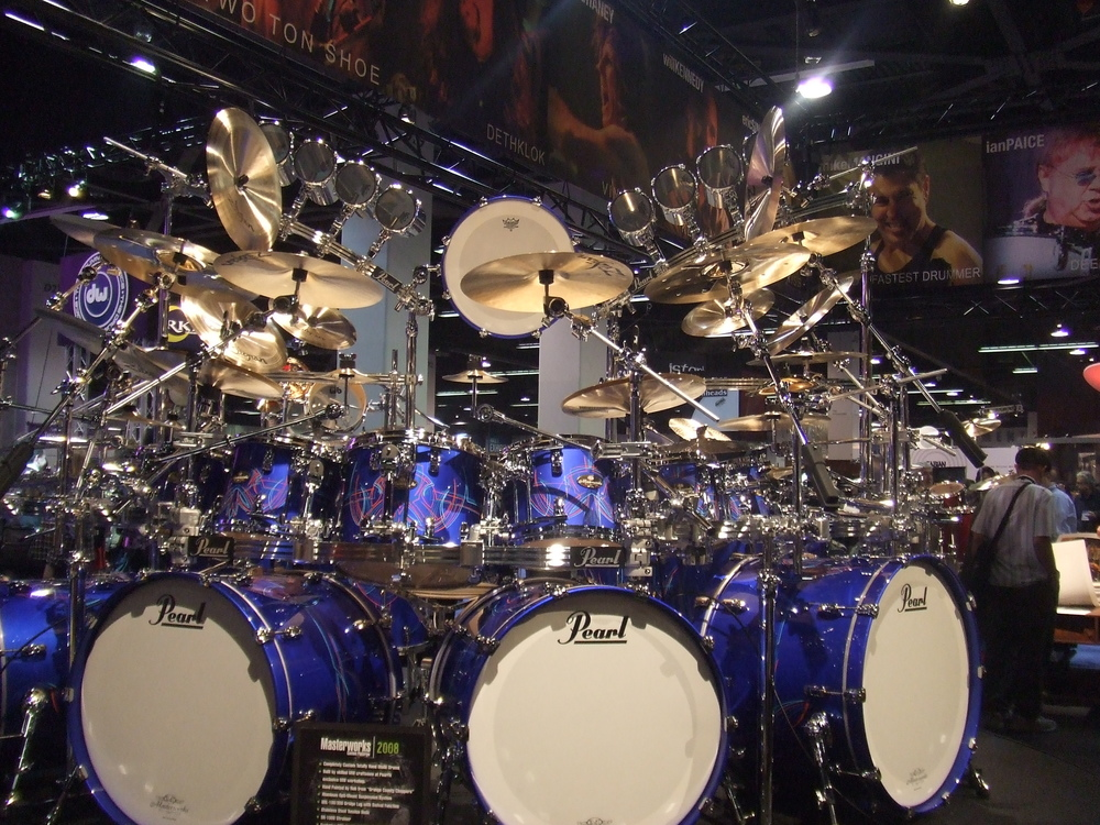 pearl_drums_by_metallica666dre.jpg