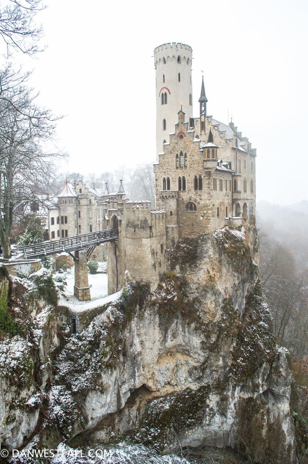 Germany. Lichtenstein Castle color. #0316