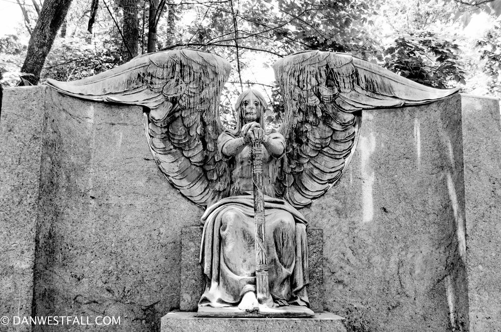 Haserot Angel Headstone. Cleveland U.S.A. #0940