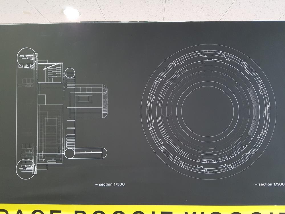 The plan and section can even be seen as an art piece.  평면도와 단면도는 정말 하나의 미술 작품이라고 해도 될 정도로 아름답고 예뻤던 것 같아요!