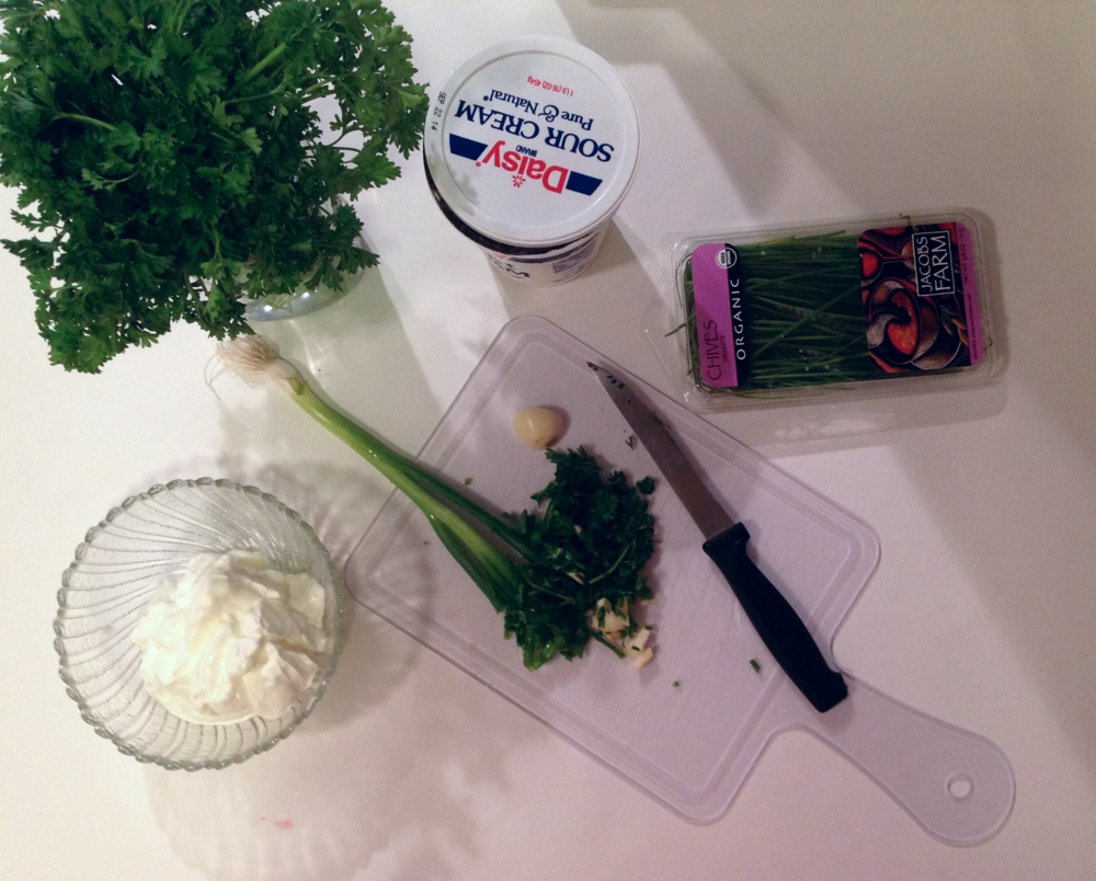 Chive and Sour Cream Dip