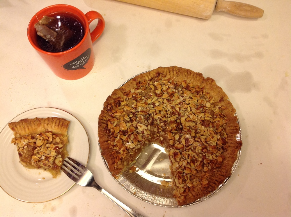 brown butter apple pie with brown butter almond crumble topping