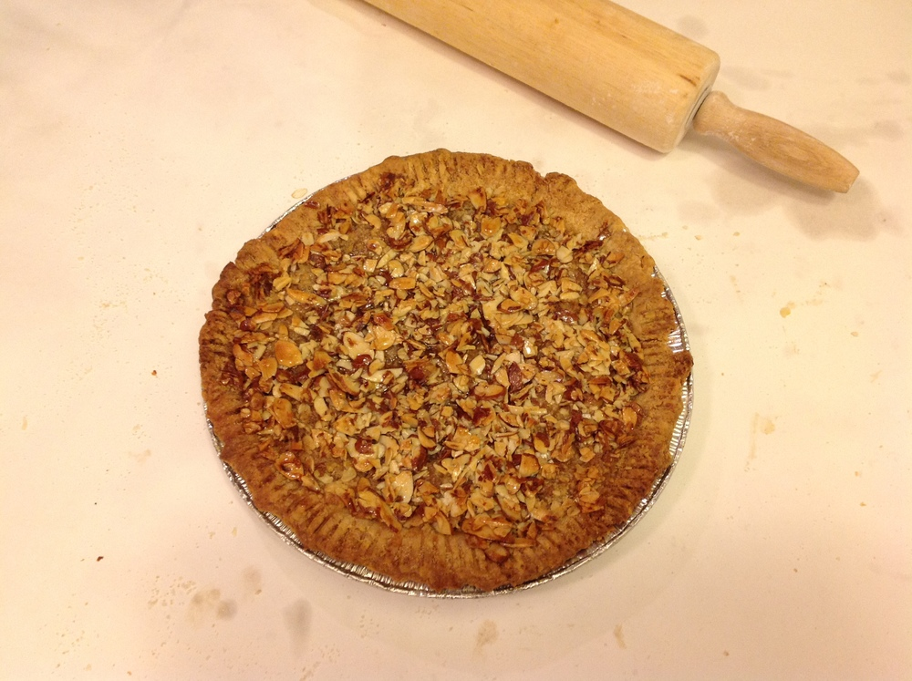 Brown Butter Apple Pie with Brown Butter Almond Crumb Topping. Perfect Hostess Gift.