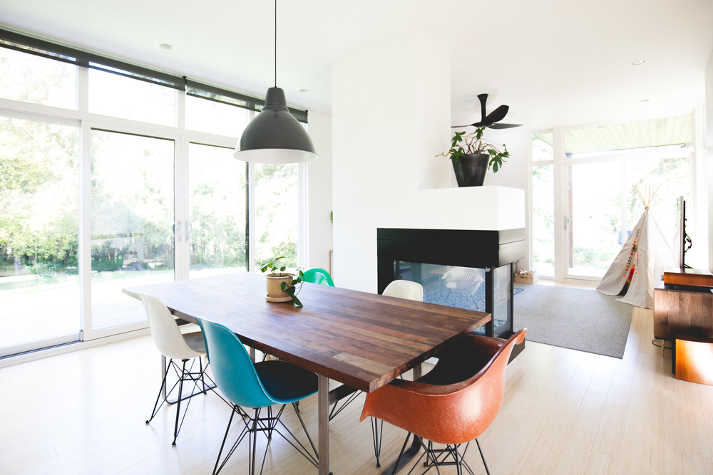 minimal modern pacific northwest dining room design by the emerald studio, seattle wash