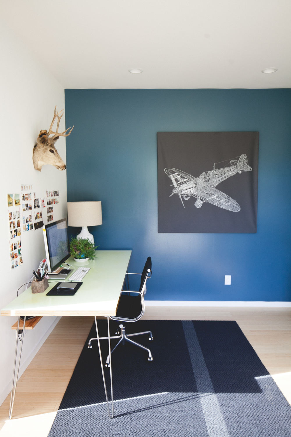 minimal modern pacific northwest home office design by the emerald studio, seattle wash