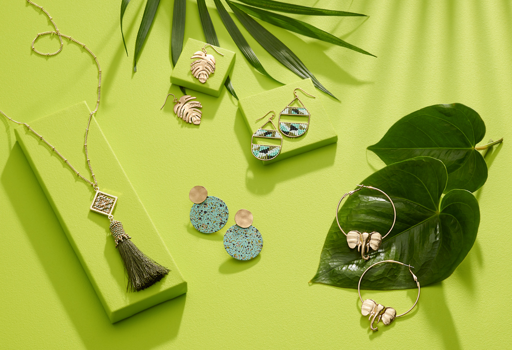 Jewelry_Summer_Laydown_Week7_Tropical_800x550_HRR.jpg
