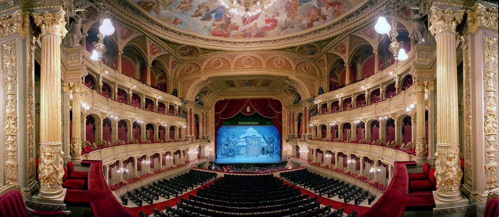 xBudapest Opera.jpg