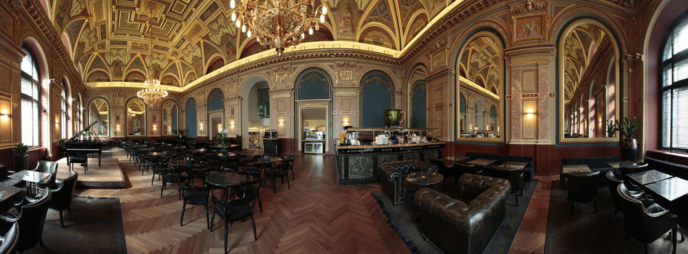 The Lotz Cafe, Budapest