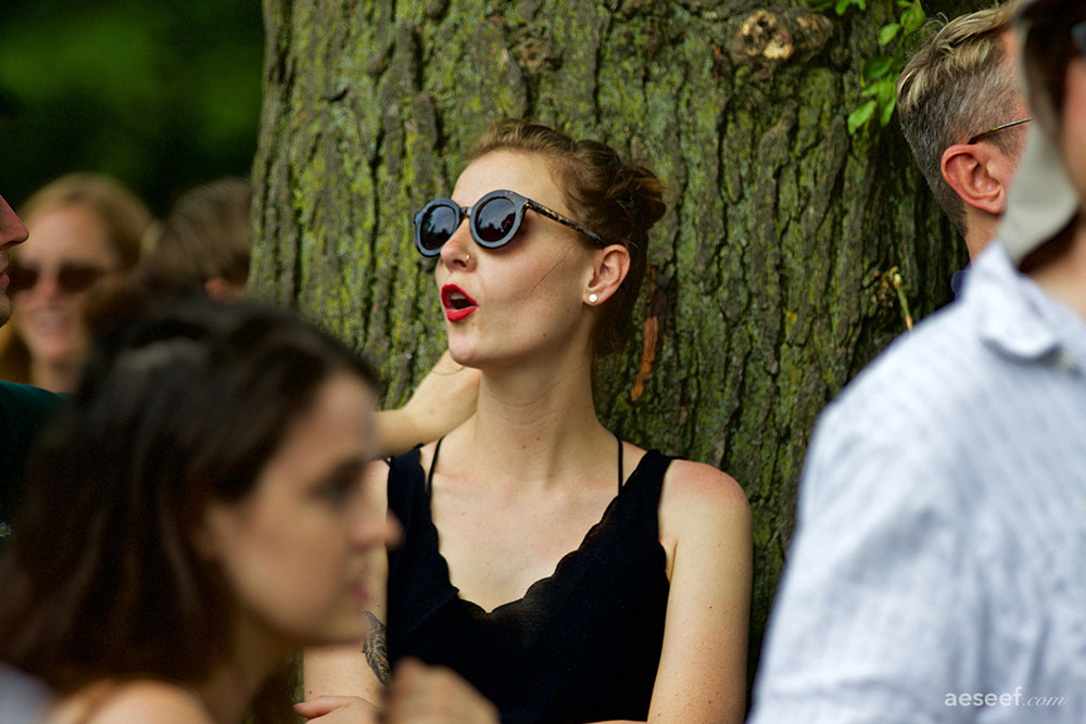 Pitchfork 2015 - girl tree.jpg