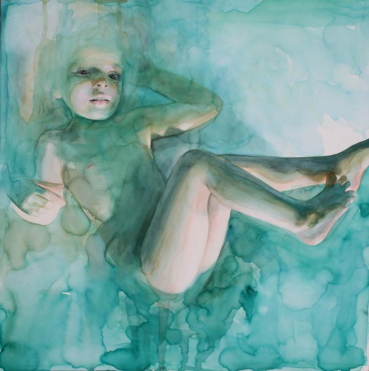 Dans le rêve, elle flottait, pas complètement submergée