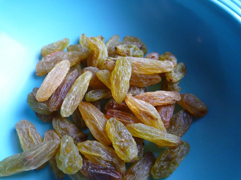 fig. h:  Iranian green raisins