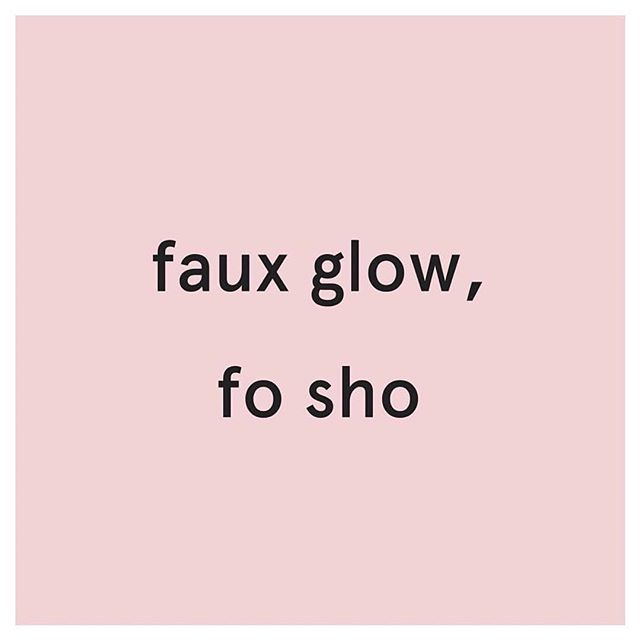 Only one spray tan available before the Holiday Weekend!  Tomorrow at 1:30pm.  Who needs that glo fo sho?! ☀️☀️☀️