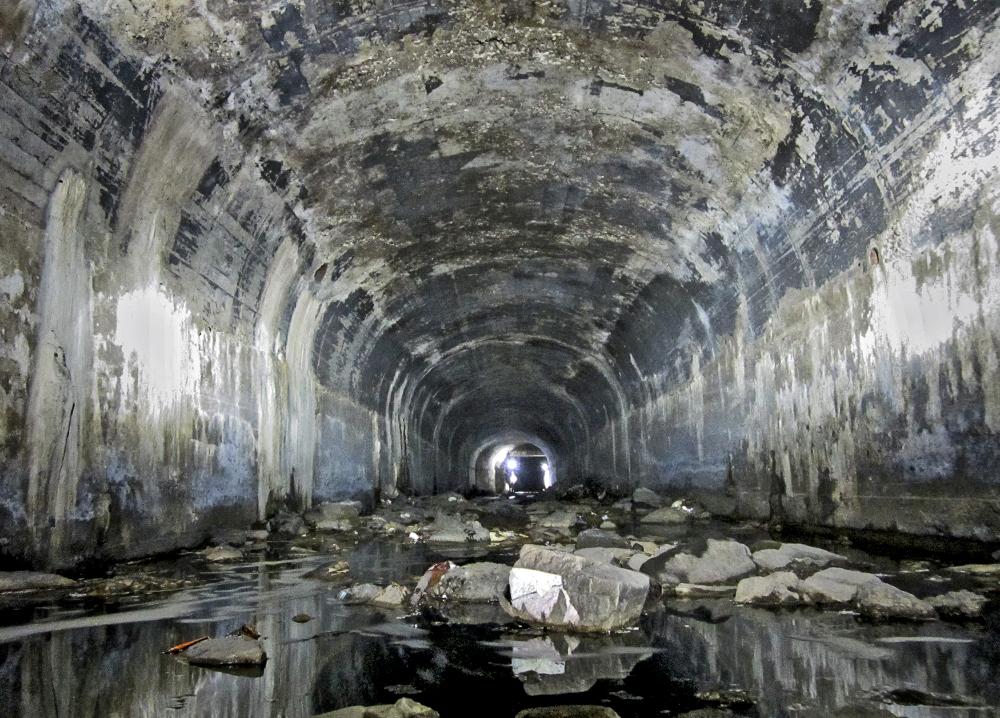 Underground37.jpg