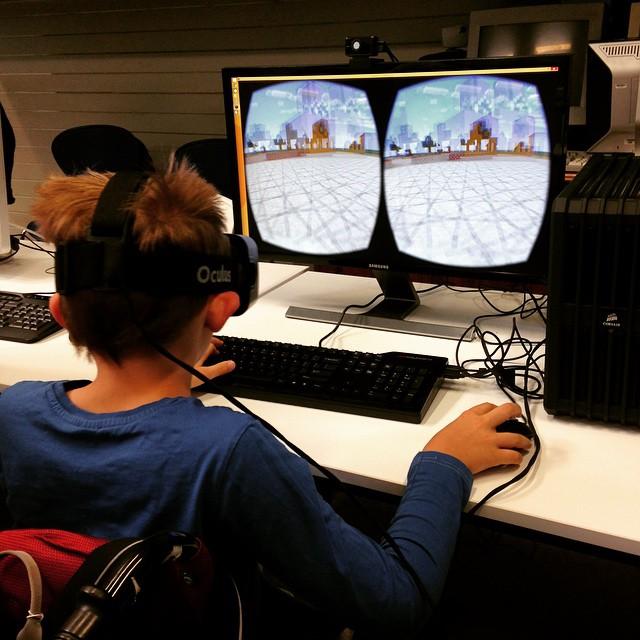 10_1500+Minecraft+VR.jpg