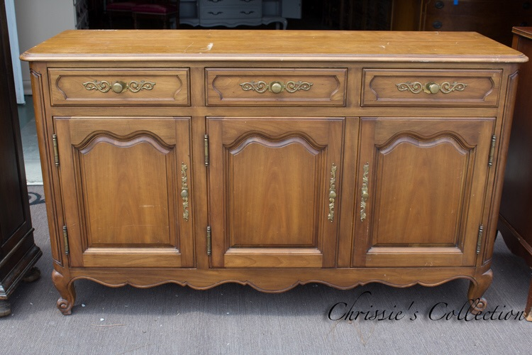 Another pretty buffet, solid and a great bargain at $250. More buffets here