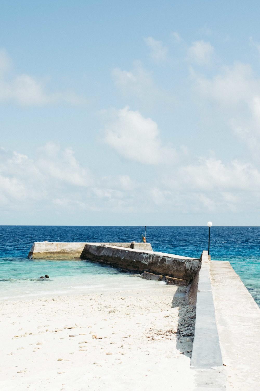 MALDIVES_CORONA_COCONUT COMRADERY_12.jpg