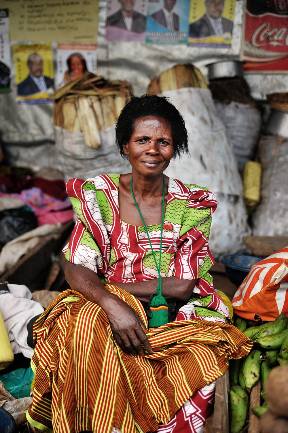 Vendor, Uganda_DSC_3282a.jpg