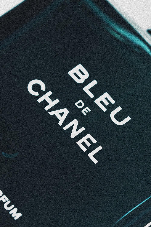 Chanel-Bleu-Vintage-1.jpg