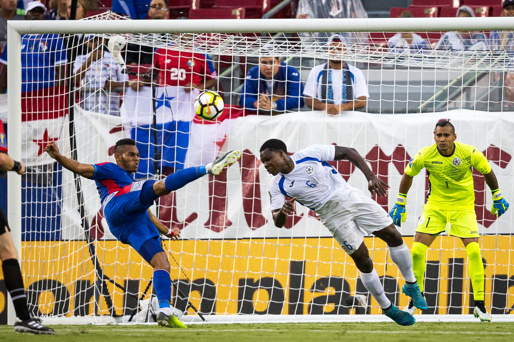 Panama's Ismael Díaz attempts to score while Nicaragua's Luis Copete defends in the first half of a CONCACAF Gold Cup soccer match