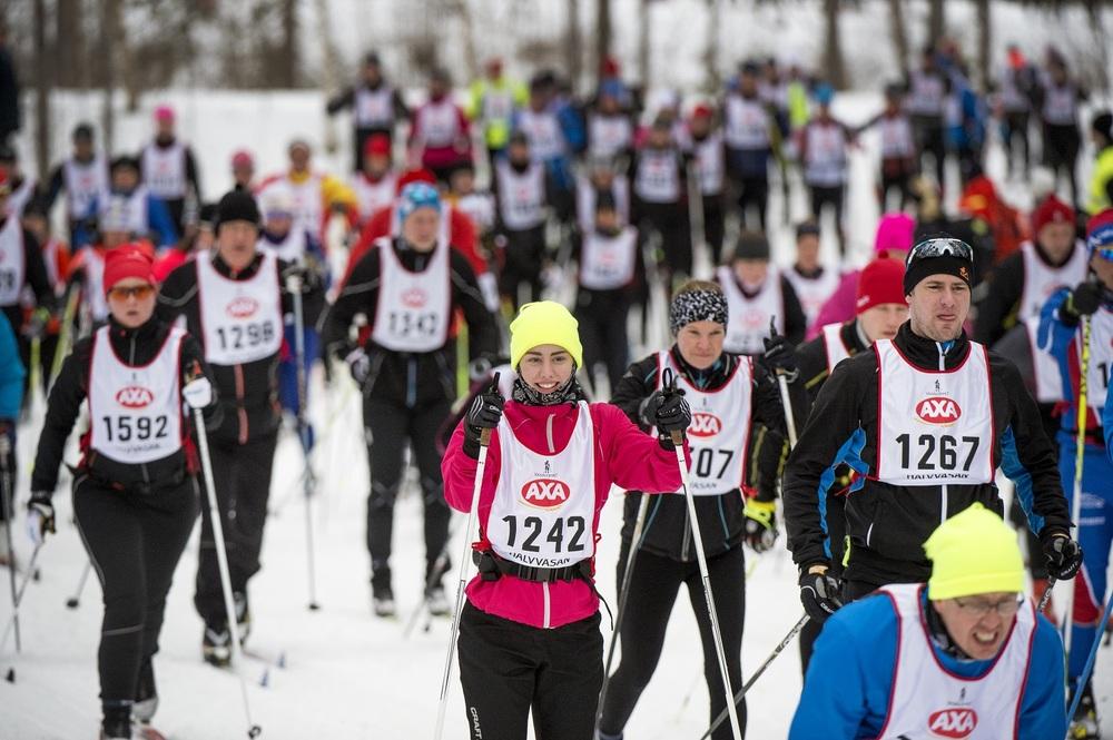 Er du klar for nye SMARTE treningsmål? Tusenvis er ute på ski om dagen, og det finnes renn for ethvert ambisjonsnivå! Her fra Halvvasan, 1. mars i år.www.forskerlivet.no