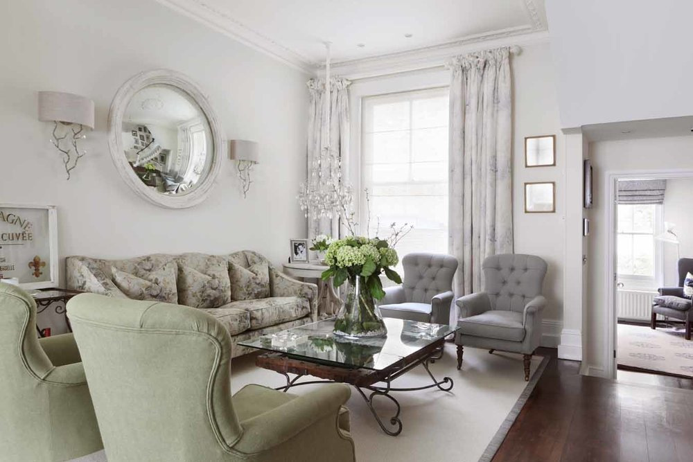 Chelsea Terrace House    A classic Chelsea terrace house which was purchased for a low price due to poor presentation. The original house lacked any feeling of continuity and was given a purely cosmetic overhaul to make better use of the space.......