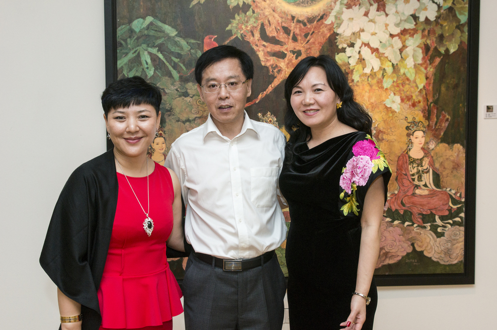From Left: Ms. Lisa Quan, Mr. Xiao JiangHua & Jenny