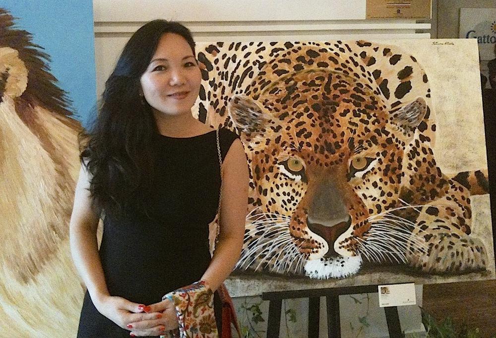 Jenny Zhu HuiMin & painting.JPG