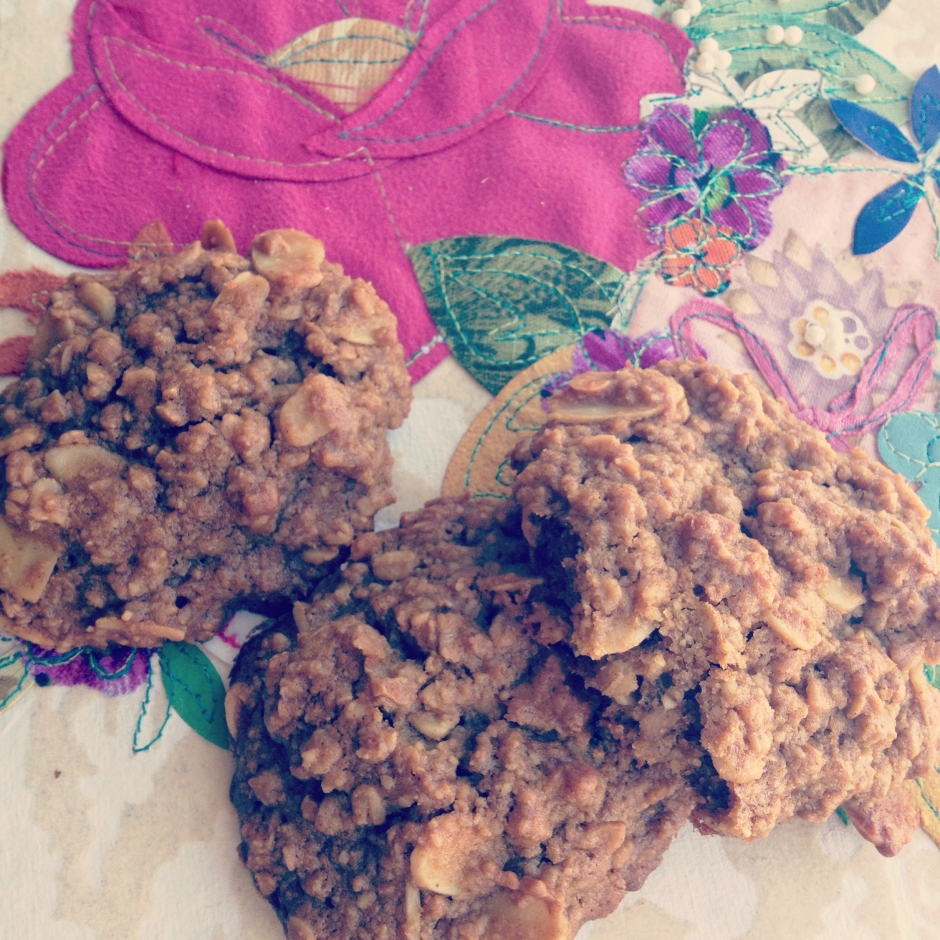almond_rich_cookies.jpg